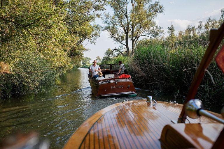 Nationaal Park De Biesbosch dordrecht          boot