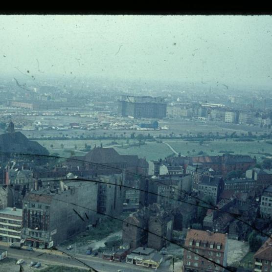 Blick vom Michel zum Bunker und Heiligengeistfeld