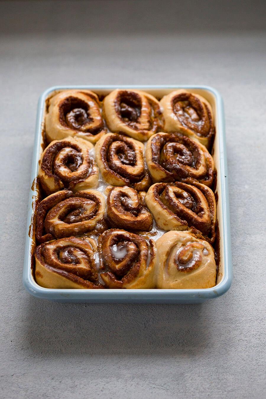 Oven cinnamon rolls