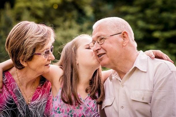 grandparents_kids_family