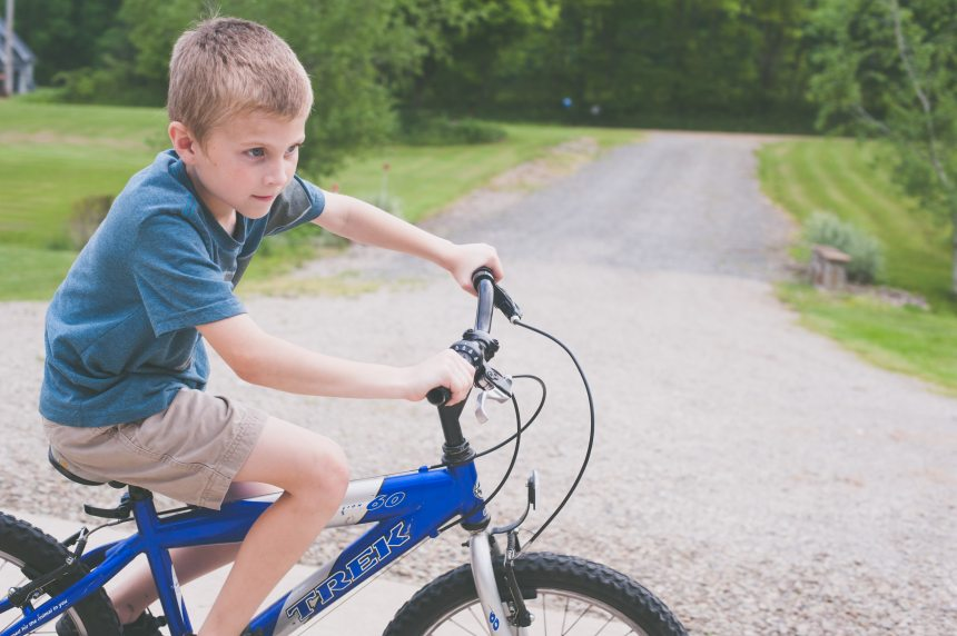 bicycle-boy-kid-1118413.jpg