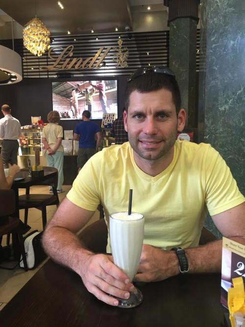 Steve Lindt Cafe