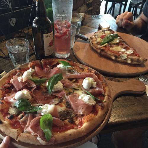 Crinitis pizza