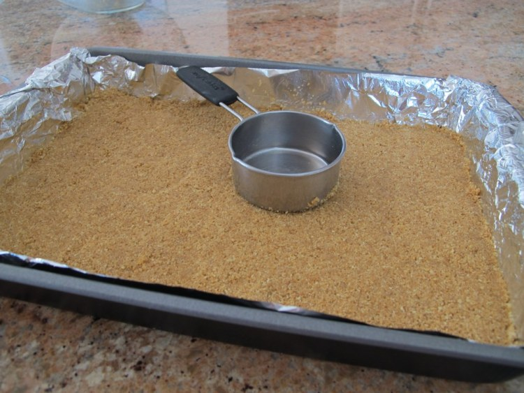 01Graham_Cracker_Crust_1024x768
