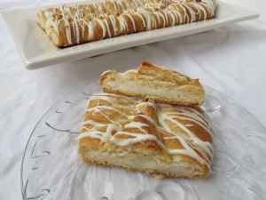 07Cheese_Danish_1024x768