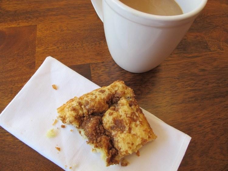 07Cinnamon_Streusel_Coffee_Cake_1024x768
