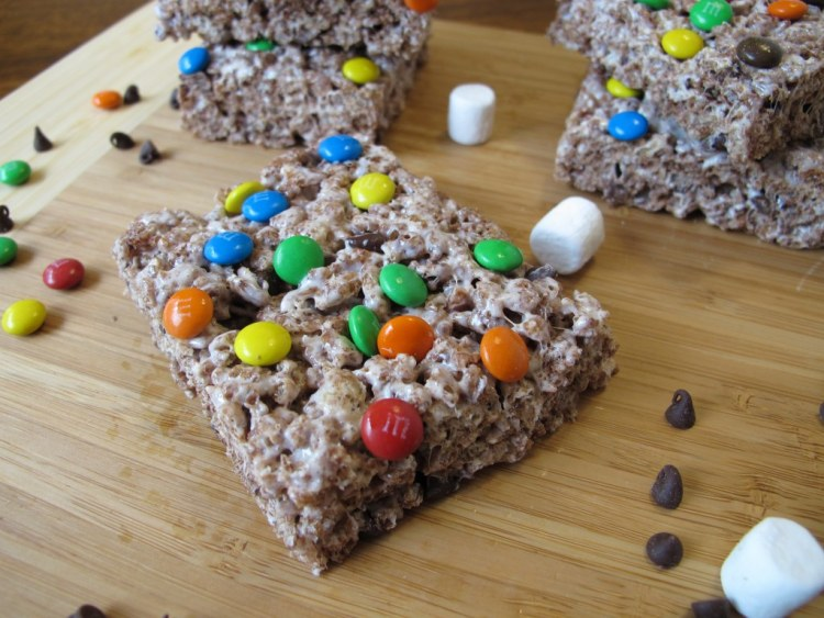 07Triple_Chocolate_Rice_Krispie_Treats_1024x768