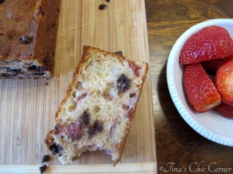 06Strawberry Chocolate Chip Loaf