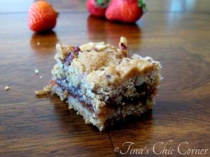 12Strawberry Peacan Bars
