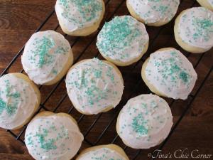 08Soft Frosted Sugar Cookies