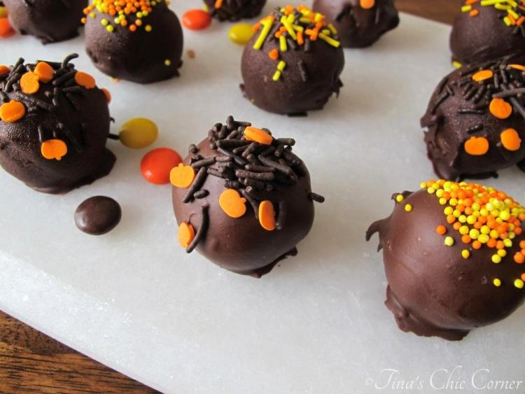 04Reese's Pieces Chocolate Chip Cookie Dough Truffles
