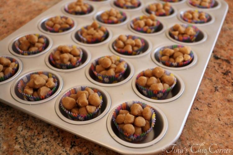 02Mini Cinnamon Crumb Cups