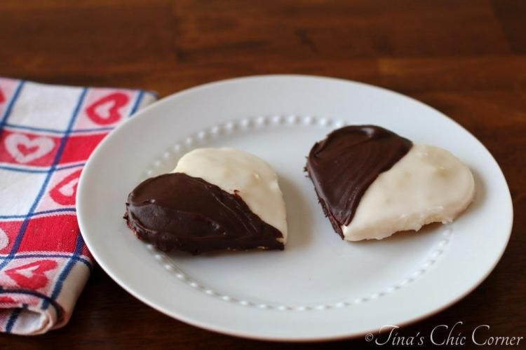 04Black And White Cookies