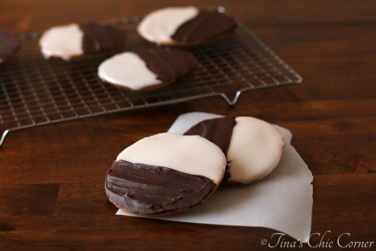 08Black And White Cookies