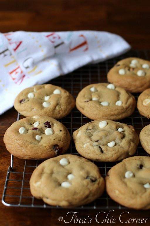 Cherry White Chocolate Chip Cookies03