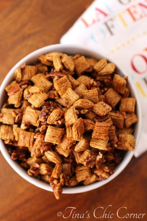 Praline Pecan Crunch Snack Mix08