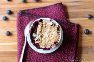 Berry Crisp for One06