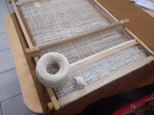 Tissage et bobines de soie utilisées pour cette pièce