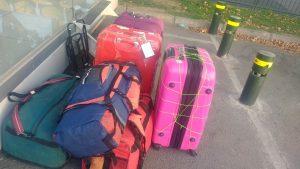 Mes bagages en partant de Santiago, il manque le métier à tisser qui a bien failli ne pas partir avec moi