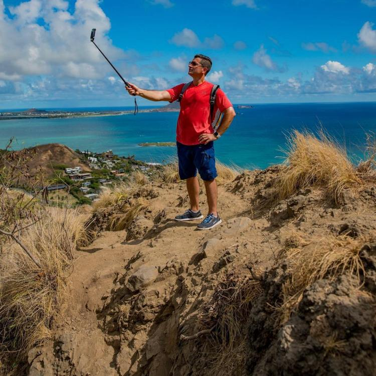 First let me take a selfie, Lanikai Pill Box Trail