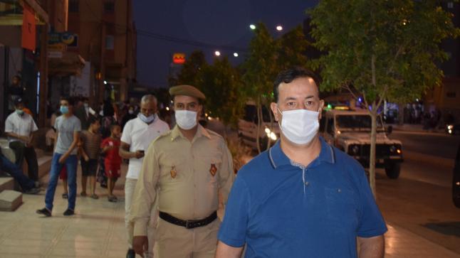 الرشيدية..قائد المقاطعة الحضرية الخامسة يشرف على حملات تحسيسية للوقاية من فيروس كورونا