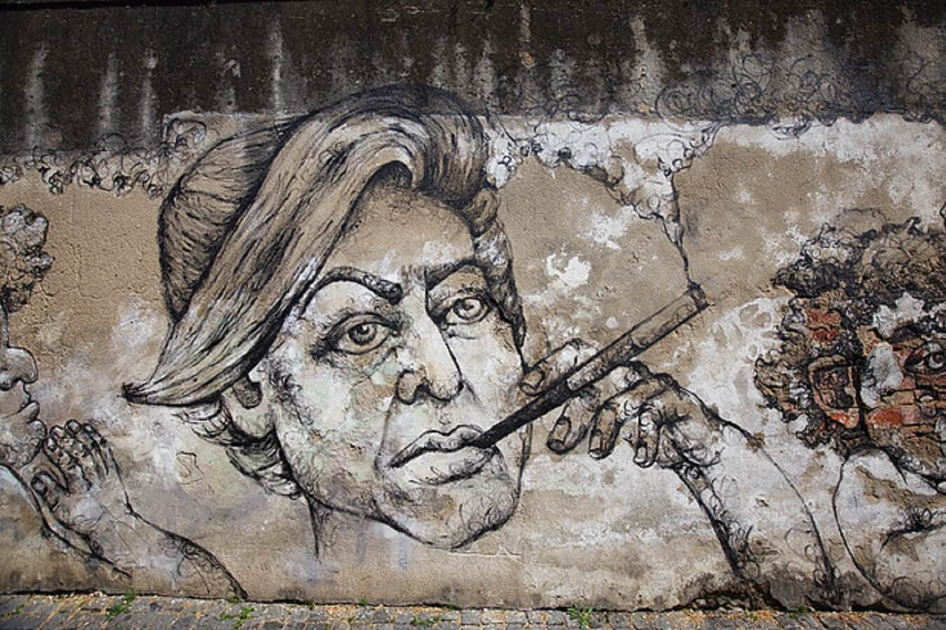 Street Art meets Literature – a Graça Tour in only 20 minutes
