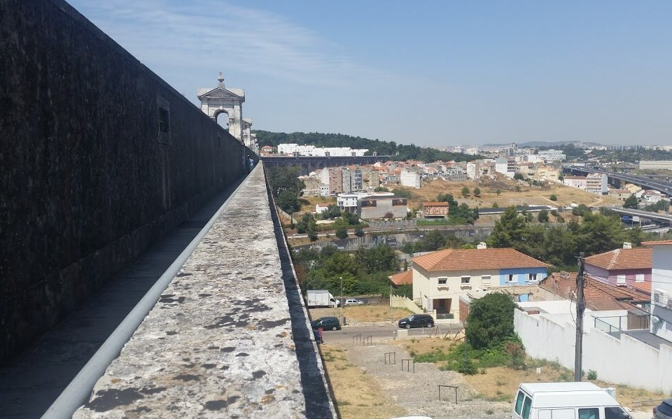 Tings is not the best hotel in Lisbon but our location in Graca is