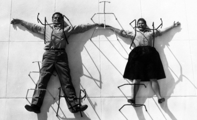 3-the-world-of-charles-and-ray-eames-charles-and-ray-eames-posing-with-chair-bases-c-eames-office-llc