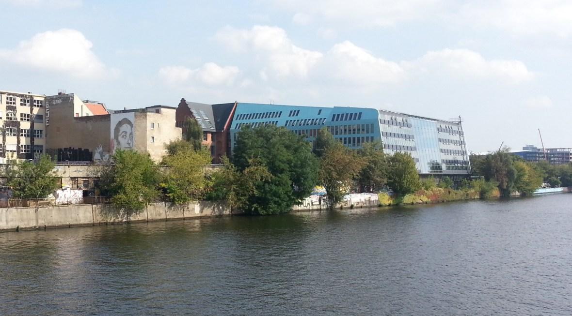 VHILS in Friedrichshaim Berlin.jpg