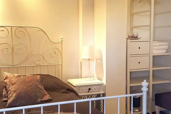 Garden Room at Tings Lisbon - Spacious Bed