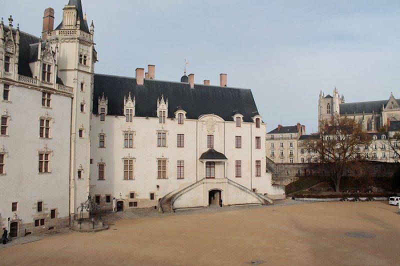 Dentro o Château des ducs de Bretagne .