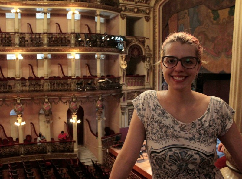 Eu no interior do teatro Amazonas.