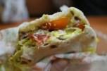 vegi burger. ja, indijska zahodna hrana je biolj zdrava od indijsko-indijske (in zahodno-zahodnjaške