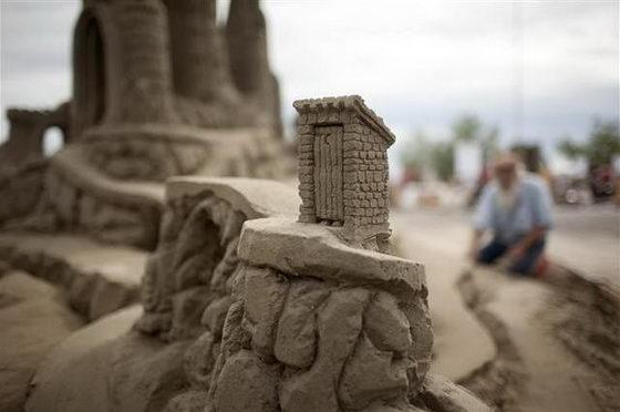 http://www.tienphong.vn/ImageHandler.ashx?ThumbnailID=114357&Width=560