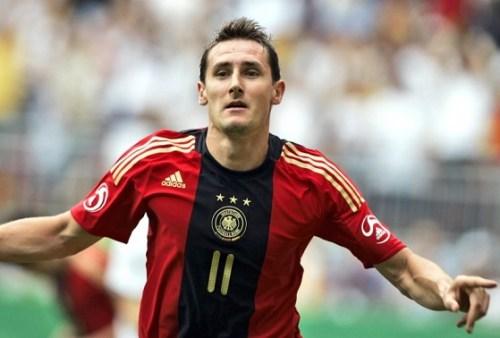 Miroslav Klose football news at HappyLuke