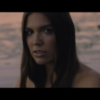 Velours Brings The Summer Haze With her Latest Single & Video