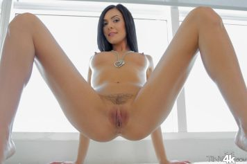 Tiny4k Marley Brinx in Fresh Young Face 12