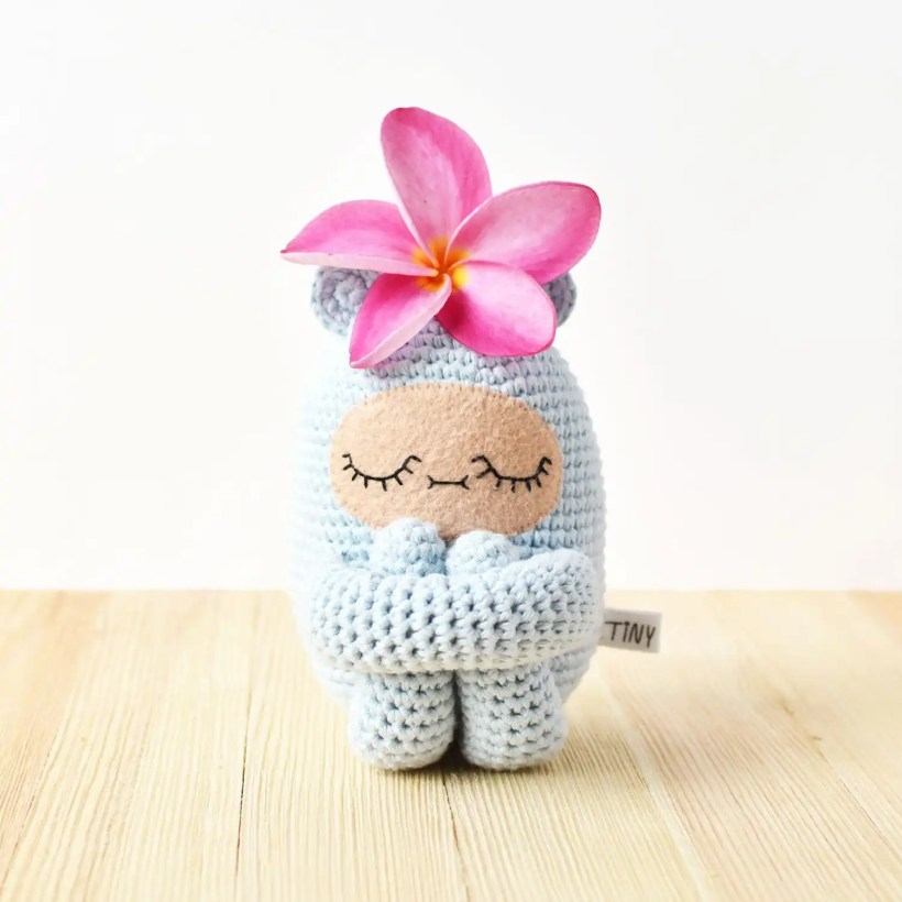 Curlie Amigurumi Pattern by Tiny Curl
