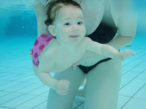 ★ La piscine avec Bébé: plaisir ou prise de tête? ★
