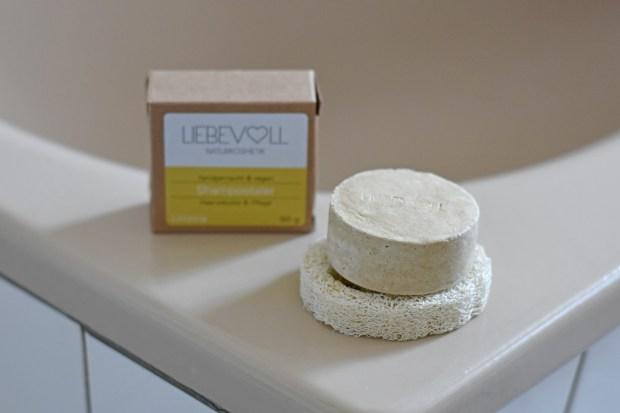 festes Shampoo, Shampoobar, Shampoostein, Shampootaler, Naturkosmetik, Liebevoll Naturkosmetik Review