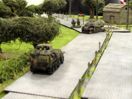 ...and lines up the recce vehicle in their sights!