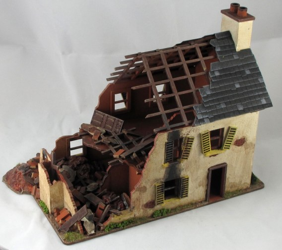 Made this nifty ruined house
