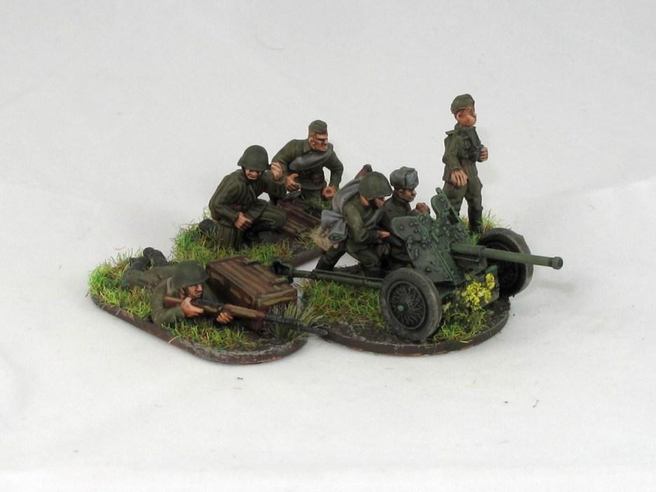 Soviet_45mm_AT_gun_1