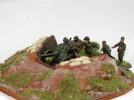 Soviet_45mm_AT_gun_dug_in_1