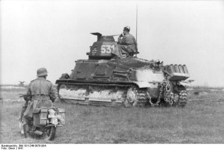 Frankreich, Beutepanzer Sumoa S-35