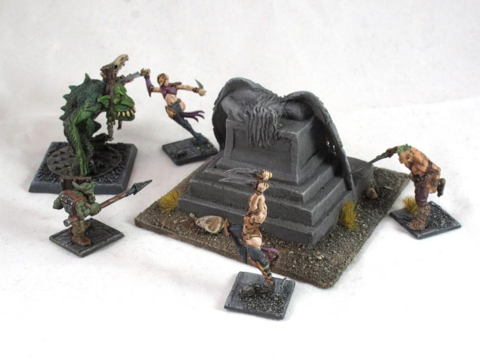Mordheim statue 2b