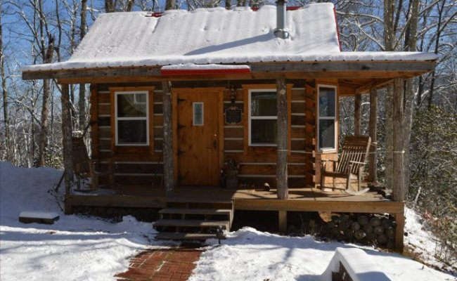 Tiny Log Cabin Off Grid