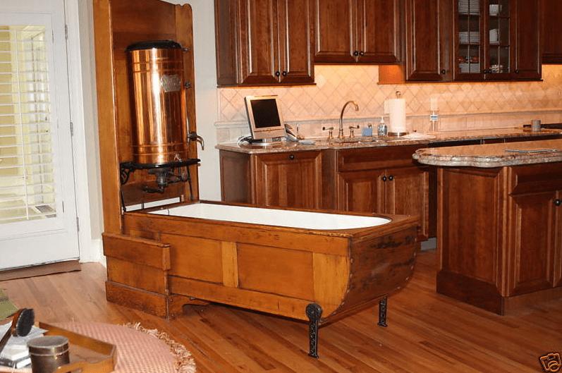 Mosely Folding Bath Tub