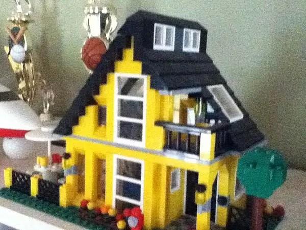 Tiny Lego Houses