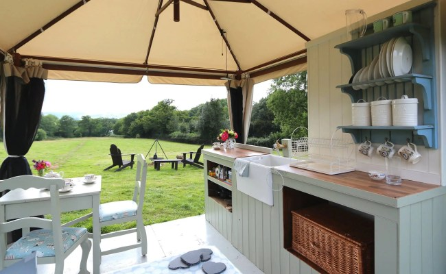 Uk Glamping With Quality Unearthed Tiny House Blog
